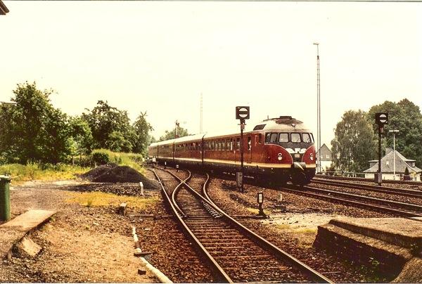 VT08 Mhgn Bhf Einfahrt